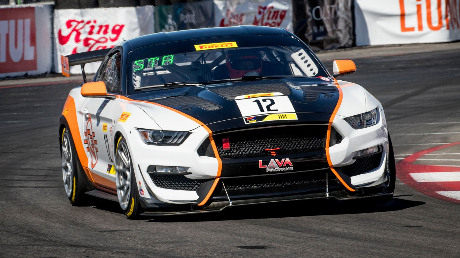 An Amateur Takes the Lead Again in Practice 2 at the Streets of Long Beach