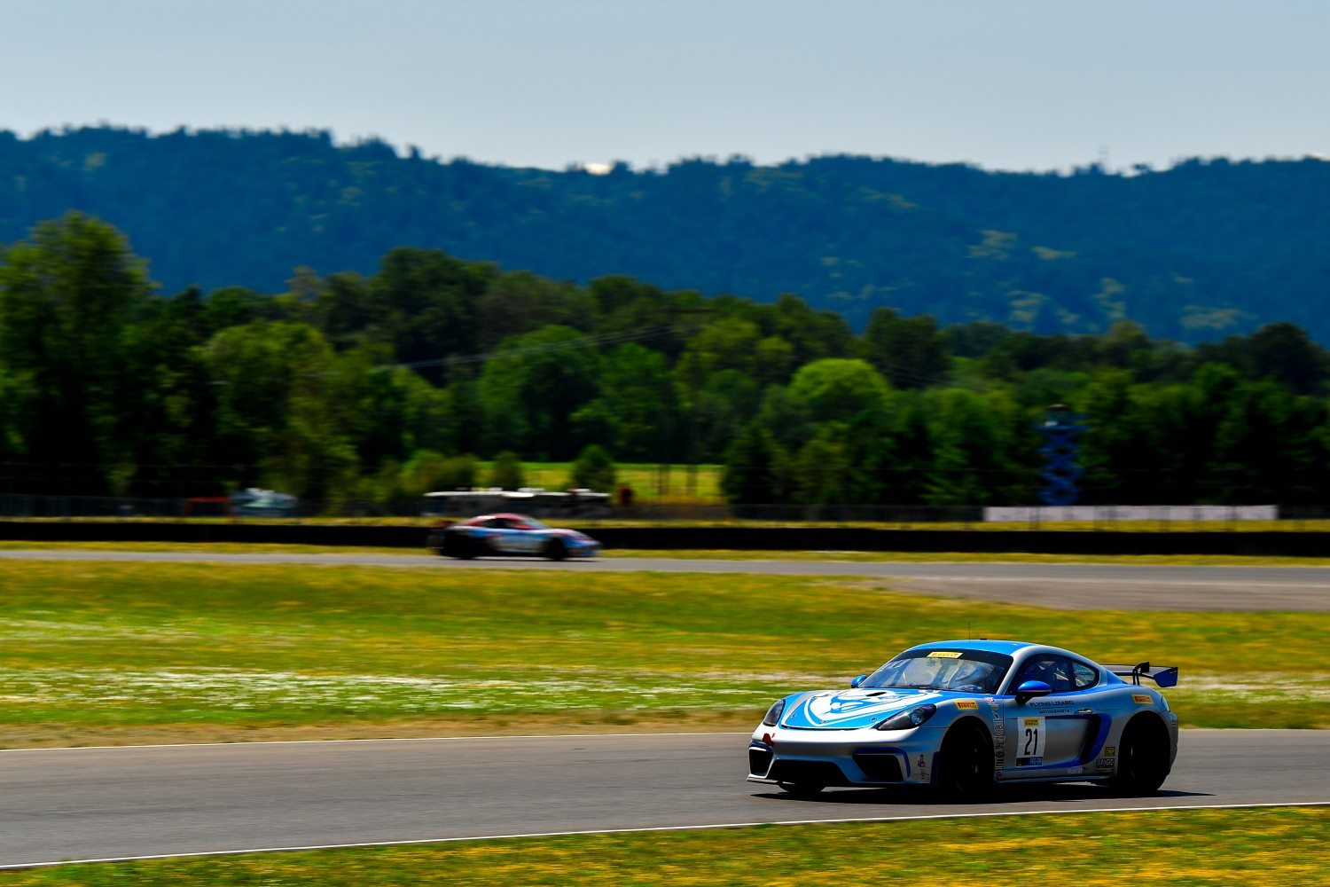 #21 Porsche 718 Cayman CS MR of Michael Dinan and Robby Foley   Rose Cup Races, Portland OR | Gavin Baker/SRO