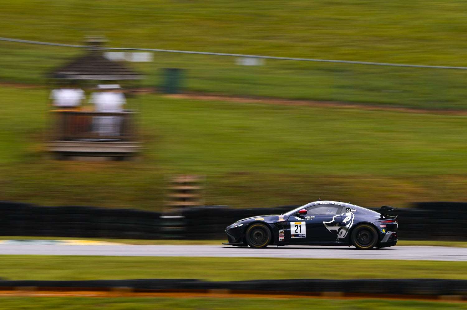 #21 GT4 SprintX, Pro-Am, Flying Lizard Motorsports, Michael Dinan, Robby Foley, Aston Martin Vantage GT4, 2020 SRO Motorsports Group - VIRginia International Raceway, Alton VA  | SRO Motorsports Group