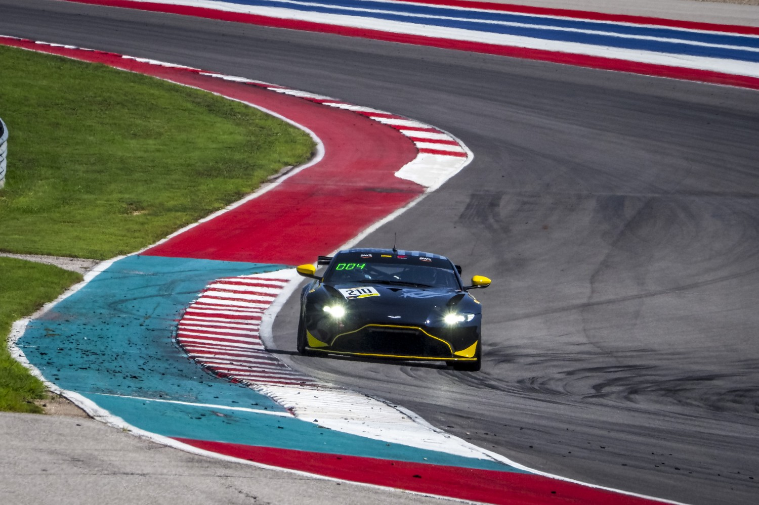#210 Aston Martin Vantage GT4 of Michael Dinan, Flying Lizard Motorsports, GT4 Sprint Am, SRO America, Circuit of the Americas, Austin TX, September 2020.  | Brian Cleary/SRO